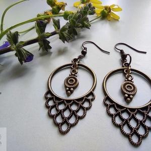 'Róma' fülbevaló, Ékszer, Fülbevaló, Lógó fülbevaló, Könnyű, egyszerű és egyedi bronz színű fém fülbevaló, mely gyakorlatilag bármilyen ruhadarabhoz megá..., Meska