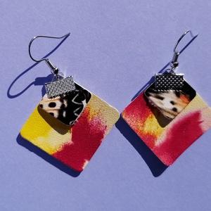 Rombusz textilbőr fülbevaló - Carneval/Butterfly, Ékszer, Fülbevaló, Lógós fülbevaló, Ékszerkészítés, Újrahasznosított alapanyagból készült termékek, Rombusz alakú textilbőr fülbevaló saját ötletelés alapján. Hulladék textilbőrök felhasználásából, am..., Meska