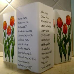 Ballagási ajándék, búcsúajándék tulipános lámpa felirattal, Lakberendezés, Otthon & lakás, Lámpa, Ballagás, Ünnepi dekoráció, Dekoráció, Esküvő, Festett tárgyak, Üvegművészet, Romantikus, tulipános lámpa egyedi felirattal.\n\nEzt a darabot feliratozható ballagási ajándéknak álm..., Meska