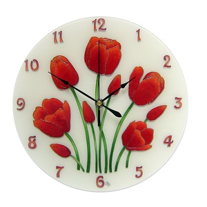 Piros tulipán falióra, Lakberendezés, Otthon & lakás, Falióra, óra, Dekoráció, Kép, Festett tárgyak, Üvegművészet, Egyedi, kézzel festett, üveg óra.\n\nA tulipán amellett, hogy a kedvenc virágom, a nőiség és termékeny..., Meska