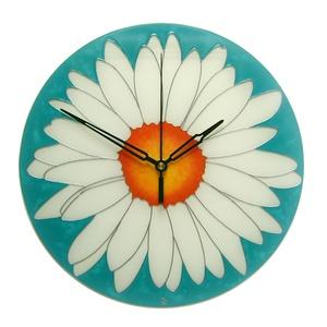 Fehér virág türkizben falióra - ballagásra feliratozható, Lakberendezés, Otthon & lakás, Falióra, óra, Esküvő, Nászajándék, Üvegművészet, Festett tárgyak, Kézzel festett, egyedi, üveg falióra.\n\nModern megjelenésű óra.\nTündöklő, fehér margaréta, elegáns tü..., Meska