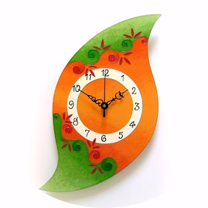 Lélekvirág falióra - narancs-zöld, Esküvő, Nászajándék, Otthon & lakás, Lakberendezés, Falióra, óra, Festett tárgyak, Üvegművészet, Üvegre festett, egyedi készítésű falióra, mely a LélelkVirág sorozat egyik eleme. \nA spirál motívum ..., Meska