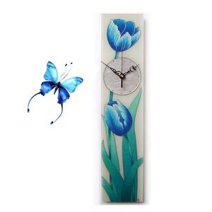 Kék tulipán falióra, Otthon & lakás, Lakberendezés, Esküvő, Nászajándék, Falióra, óra, Falikép, Festett tárgyak, Üvegművészet, Kézzel festett, egyedi készítésű, üveg falióra.\n\nGyönyörű tulipánok tündökölnek az óralapon.\nA virág..., Meska
