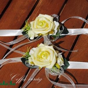 Csuklódísz zöld habrózsából, Esküvő, Karkötő & Csuklódísz, Ékszer, Divatos kiegészítője az esküvőknek a csuklódísz. Adhatjuk a hölgy tanúnak, örömszülőknek, de a kiseb..., Meska