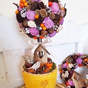 Tavaszváró gömb fácska, Otthon & Lakás, Csokor & Virágdísz, Dekoráció, Hungarocell gömböt ragasztottam mohalapokkal - amit őszi termésekkel, bogyókkal és ming rózsákkal ra..., Meska