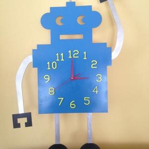 Robot-óra gyerekszobába, falra, Dekoráció, Otthon & lakás, Ékszer, Famegmunkálás, VIdám, robotos falióra gyerekszobába. Kézzel készített egyedi, magyar termék!\n\n75cm magas, Meska