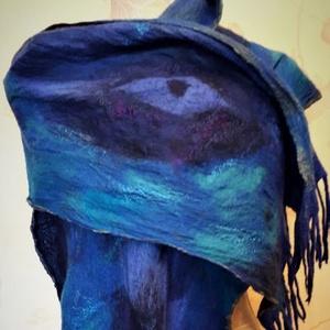 """nuno nemez selyem sál \"""" kék szemek\"""", Táska, Divat & Szépség, Ruha, divat, Sál, sapka, kesztyű, Sál, Nemezelés, Selyemfestés, 100 % selyem és a legfinomabb ausztrál merinói gyapjúból készült sál , Egyedi iparművész alkotás. A ..., Meska"""