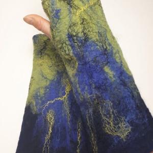 """nemez kézmelegítő \""""kék zöld\"""", Táska, Divat & Szépség, Ruha, divat, Sál, sapka, kesztyű, Kesztyű, Nemezelés, 100 % ausztrál merinó gyapjúból és selyemből  készült egyedi kézmelegítő . Iparművész tervezés ami n..., Meska"""