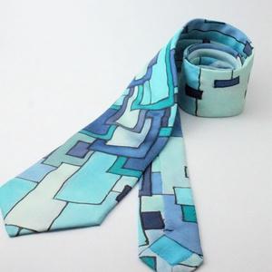 hernyóselyem  nyakkendő kézzel festett kék Klimt mintával, Nyakkendő, Férfi ruha, Ruha & Divat, Selyemfestés, 100% selyemből készült, kézzel festett egyedi tervezésű különleges férfi nyakkendő. A nyakkendő desi..., Meska