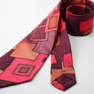 nyakkendő kézzel festett hernyóselyem bordó klimt, Nyakkendő, Férfi ruha, Ruha & Divat, Selyemfestés, 100% selyemből készült, kézzel festett egyedi tervezésű különleges férfi nyakkendő. A nyakkendő desi..., Meska