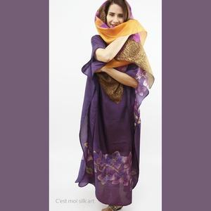 SELYEM ALKALMI RUHA LILA ORCHIDEÁKKAL KÉZZEL FESTVE, Ruha & Divat, Női ruha, Alkalmi ruha & Estélyi ruha, Selyemfestés, 100% 0,8 selyem  alkalmi ruha lila gyönyörű orchideákkal , kizárólag kézzel festett professzionális ..., Meska