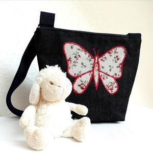 Kislány, gyerek farmer, kisméretű váll/crosstáska, pillangós rátét mintával (Cherry) - Meska.hu
