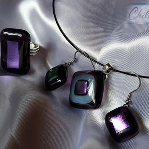 Padlizsán lila áttetsző üvegékszer medál, gyűrű és füli szett színjátszó lila fémes csillogással, Ékszer, Gyűrű, Medál, Fülbevaló, Ékszerkészítés, Üvegművészet, Fusing technikával készült átlátszó lila - fehér medál hozzá illő áttetsző padlizsán lila gyűrűvel é..., Meska
