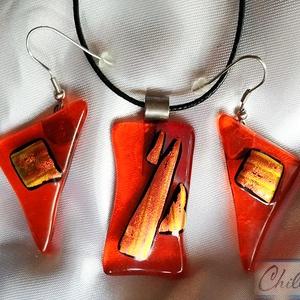 Piros tűzlángok - piros  üvegékszer medál nagy antiallergén lógós fülbevalóval - ékszer - ékszerszett - Meska.hu