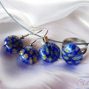 Sárga virágok a kék virágmezőben - millefiori fülbevaló, gyűrű és medál szett, Ékszer, Ékszerszett, Üvegművészet, Ékszerkészítés, A sárga az idei nyár divatszíne! Ezt a szettet a kicsi ékszerek kedvelőinek alkottam, csupa szép, sá..., Meska