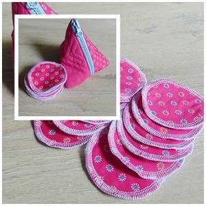 Arctisztító korong tasival ( 12 db ) / textil sminktörlő korong.  Többször használható arctisztító pamacs, NoWaste, Textilek, Pamut arctisztító, Varrás, -Többször felhasználható, egyedi, puha, textil arctisztító korongok, tasival.\n-pink virág mintás \n-m..., Meska