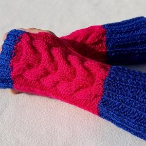 Lesotho- karmelegítő S-M méretű csavart mintás, puha, meleg karmelegítő/ujjatlan kesztyű, Kesztyű, Sál, Sapka, Kendő, Ruha & Divat, Kötés, Csavart mintás kötött karmelegítő.\nGyönyörű élénk színekből. Királykék és ciklámen.\nPuha és meleg, a..., Meska