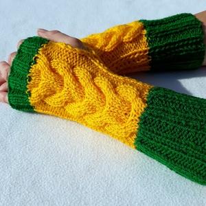 Mahé- karmelegítő S-M méretű csavart mintás, puha, meleg karmelegítő/ujjatlan kesztyű, Kesztyű, Sál, Sapka, Kendő, Ruha & Divat, Kötés, Csavart mintás kötött karmelegítő.\nGyönyörű élénk színekből. Zöld és sárga.\nPuha és meleg, a hidegbe..., Meska