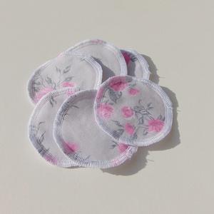 Arctisztító korongok ( 6 db/ cs ) / textil sminktörlő korong.  Többször használható arctisztító pamacs, Szépségápolás, Arcápolás, Arctisztító korong, Varrás, -Többször felhasználható, egyedi, puha, textil arctisztító korongok.\n-szürke alapon rózsaszín virágo..., Meska