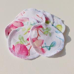 Arctisztító korongok ( 6 db/ cs ) / textil sminktörlő korong.  Többször használható arctisztító pamacs, Szépségápolás, Arcápolás, Arctisztító korong, Varrás, -Többször felhasználható, egyedi, puha, textil arctisztító korongok.\n-rózsaszín virágok\n-mosható, ti..., Meska