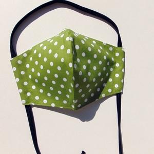 Gyermek- maszk / Zöld-fehér kis pöttyös  szájmaszk, textil szájmaszk, többször használható szájmaszk, Maszk, Arcmaszk, Gyerek, Varrás, Zöld alapon fehér kis pötty mintás, textil szájmaszk gyerekeknek.\nVálasztható fülre akasztós verziób..., Meska