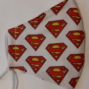 Gyerek szájmaszk dróttal 3 rétegű , Maszk, Arcmaszk, Gyerek, Varrás, 3 rétegű, Superman logo mintás 100 % pamut designer vászonból készült szájmaszk extra puha gumival. ..., Meska