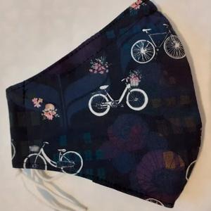 Szájmaszk dróttal 3 rétegű textilből, Maszk, Arcmaszk, Női, Varrás, 3 rétegű, sötét alapon virág és bicikli mintás  100 % pamut designer textilből készült szájmaszk ext..., Meska