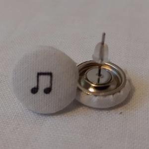 Textil fülbevaló, Ékszer, Fülbevaló, Pötty fülbevaló, Ékszerkészítés, Minden ruhához és minden alkalomhoz külön fülbevaló szükséges. :)\nEz egy fehér alapon hangjegy mintá..., Meska