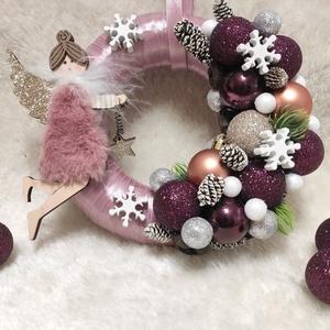 Mályva angyal karácsonyra, ajtódísz/kopogtató, Karácsony & Mikulás, Karácsonyi dekoráció, Mindenmás, Kész termékként eladó mályva-lila színvilágú, angyalkás karácsonyi/adventi ajtódísz/kopogtató, akár ..., Meska