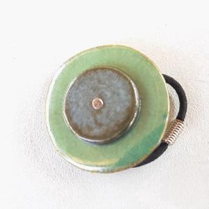 Dupla gyűrű, Ékszer, Táska, Divat & Szépség, Gyűrű, Kerámia, Ékszerkészítés, Fehér agyagból készült ez a dupla kerámia gyűrű. Két kör összeillő színekkel. \n\nElegáns és mindennap..., Meska