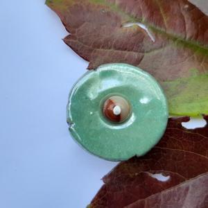 Kerámia gyűrűk, Ékszer, Gyűrű, Kerámia, Ékszerkészítés, Fehér agyagból készültek ezek a mutatós, színes gyűrűk ásványgyönggyel díszítve. \n\nA gyűrűs része az..., Meska