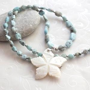 Larimar nyaklánc fehér kagyló medállal (citrom) - Meska.hu