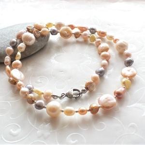 Gyöngyvariációk... gyöngyös acél nyaklánc, Ékszer, Nyaklánc, Gyöngyös nyaklác, Különböző formájú, pasztell árnyalatú édesvízi tenyésztett - keshi és biwa gyöngyökből, valamint nag..., Meska