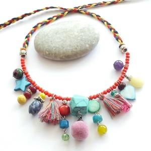Hippi nyaklánc... ásványgyöngyökkel, Ékszer, Nyaklánc, Medálos nyaklánc, Nagyon színes, nagyon vidám, nyári, fesztiválozós nyaklánc bohém lelkeknek.:) Van ezen minden: ásván..., Meska