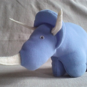 Babakék triceratopsz (civikitrom) - Meska.hu