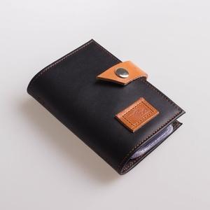 Black bird -  bankkártya tartó, Táska, Divat & Szépség, Táska, Pénztárca, tok, tárca, Pénztárca, Erszény, Bőrművesség, Varrás, Design: \n\nStílusos, férfias bankkártya tartót varrtam erős, mégis nagyon finom tapintású marhabőrből..., Meska