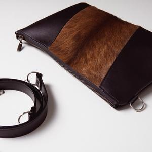 Black in winter - juhbőr táska, Táska, Válltáska, oldaltáska, Bőrművesség, Varrás, A táskám valódi bőr és szőr kombinációja. Jól pakolható lap kistáska a mindennapokra. Hordhatod a v..., Meska