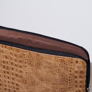 Light croc - laptop tartó 15