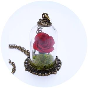 Rózsa a bura alatt   (Corbie) - Meska.hu