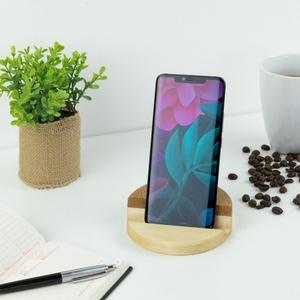 Fa asztali telefon tartó okostelefonhoz, Otthon & Lakás, Famegmunkálás, Használd az íróasztalodon, éjjeli szekrényen, vagy akár a konyhában, ez a hosszútávra tervezett fábó..., Meska
