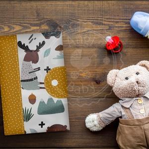 Egészségügyi kiskönyv borító, Játék & Gyerek, Babalátogató ajándékcsomag, Varrás, Elkészítési és postára adási idő: kb. 1 hét\n\nA borító anyaga 100% pamutvászon/pamutszatén, belsejébe..., Meska