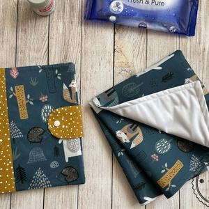 Prémium designer pelenkatartó táska + pelenkázó alátét szett, Játék & Gyerek, Babalátogató ajándékcsomag, Varrás, Meska
