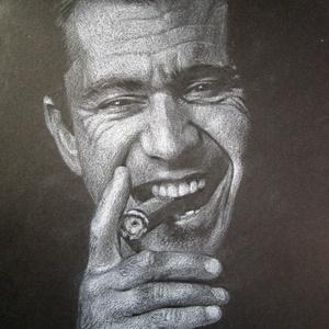 """Mel Gibson portré - A4 méretű, fehér ceruzával készült grafika, Otthon & lakás, Képzőművészet, Grafika, Rajz, Lakberendezés, Falikép, Dekoráció, Fotó, grafika, rajz, illusztráció, A4 méretű, fehér ceruzával készült rajz.\nA grafika \""""falrakész\"""",  az ár képkerettel együtt értendő. (..., Meska"""