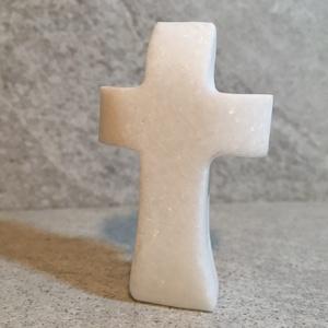 Zsebkereszt fehér márványból. , Kereszt, Spiritualitás & Vallás, Otthon & Lakás, Kőfaragás, Szobrászat, Zsebbe , polcra való kis kereszt fehér márványból. Hófehér tartós anyagból, egyedileg készítve. Felü..., Meska