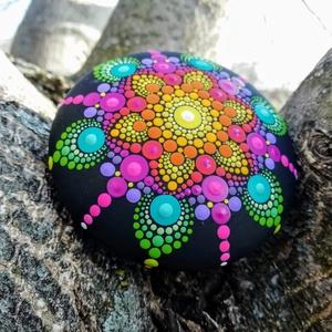 Mandalakő - Festett mandala - Ajándék nőknek, férfiaknak - Painted mandala  - Festett mandala kő (csakrakovek) - Meska.hu