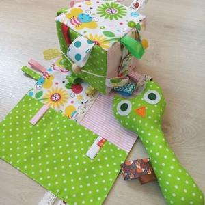 PlayingBaby- zöld babacsomag, Gyerek & játék, Baba-mama kellék, Játék, Baba játék, Készségfejlesztő játék, Varrás, Te is gondban vagy, hogy mit vegyél ajàndékba egy kisbabànak, aki ülni sem tud még? Olyat szeretnél,..., Meska