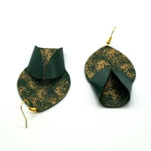 Mohasziget - zöld-arany fülbevaló - RIVERSIDE kollekció (csermakdesign) - Meska.hu
