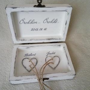 gyűrű tartó doboz fából (Csicsi8) - Meska.hu