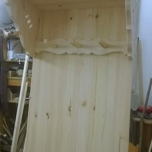 Fogaspolc, Bútor, Otthon & lakás, Polc, Famegmunkálás, Tömörfenyőből hagyományos kézműves technikával készül , Meska
