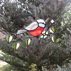Tiffany madárka ablakdísz, Otthon & lakás, Dekoráció, Dísz, Lakberendezés, Üvegművészet, Tiffany technikával készült függeszthető ablakdísz/napfényfogó.  Madarak fajtái piros, rózsaszín és ..., Meska